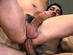 Gay Bareback Miguel Temon & Mario Montes mature gay