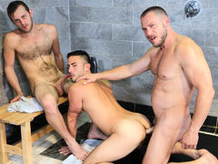 Wet Threeway mature gay