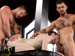Toned and scruffy Jacob Peterson and Brian Bonds trade spit, literally, as Seamus O'Reilly teases Jacob's hairy nipples. Mouths are quickly filled with hard cocks as the boys oral pleasure sex each other off in an oral pleasure power tower. Brian feeds hi mature gay