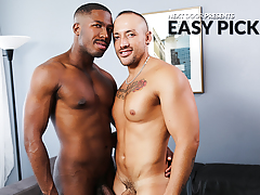 Easy Pick Up mature gay