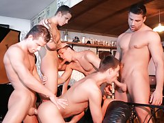 Irving Hunter, Gabriel Thorsten, Julian Vincenzo, Fredy Costa And Geoffrey Garcia Fuck mature gay