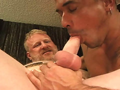 Beefy gay fucking his asian friend's butt hole after nice BJ