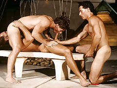 Resort guest Alex Kincaid takes a three-way sex break ! mature gay