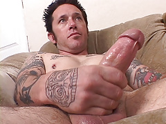 Tattooed musician Johnny Starr has a dirty gullet and mind to match. This chab finds lots of pussy on MySpace for his vast meat. Johnny W uses his gullet pussy on it to completion. mature gay