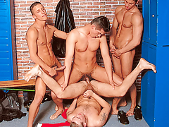 It's a locker room groupie when 4 athletes meet subsequently the game mature gay