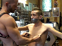 An intense boots, foot worship, anal work and smack session between Rainer and Rafa. A public set that all the time person walking by enjoyed live.