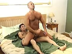 Three kinky dudes having oral party